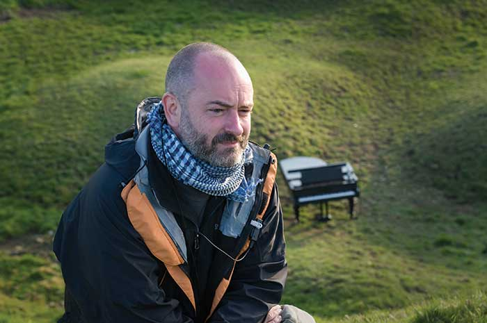 Douglas Gordon. Photo: Robert Schultze/Mat Hennek/Deutsche Grammophon
